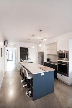 Cuisine KnightsBridge Kitchen Cabinet Design, Kitchen Designs, Built Ins, Captions, Conference Room, Layout, Table, Furniture, Home Decor