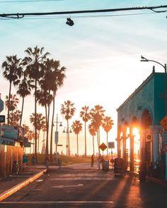 Venice Beach Boardwalk by @debodoes by CaliforniaFeelings.com california cali LA CA SF SanDiego