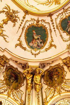 Queluz-6723 Detalhe do tecto da Sala do Trono, Palácio Nacional de Queluz, Sintra, Portugal
