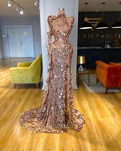 Find the perfect gown with Pageant Planet! Browse all of our beautiful prom and pageant gowns in our dress gallery. There's something for everyone, we even have plus size gowns! Glam Dresses, Event Dresses, Fashion Dresses, Fashion Hats, Modest Fashion, Fashion Clothes, Stunning Dresses, Pretty Dresses, The Dress