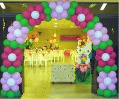 Balloon Arch Diy, Balloon Flowers, Balloon Columns, Balloon Decorations, Balloon Ideas, Peppa Pig Balloons, Troll Party, Childrens Party, Holiday Parties