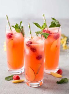 Best Lemonade, Peach Lemonade, Watermelon Lemonade, Homemade Lemonade, Raspberry Lemonade, Drinks Alcohol Recipes, Punch Recipes, Alcoholic Drinks, Drink Recipes