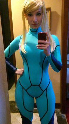 Zero suit Samus cosplay by Enji Night