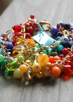 Rainbows for your wrists! Pride Bracelet, Charm Bracelets, Beaded Bracelets, Stones And Crystals, Rainbows, Handcrafted Jewelry, Jewelry Making, Charmed, Pearls