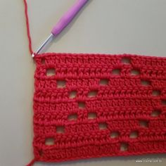 Crochet Stitches Patterns, Stitch Patterns, Crochet Accessories, Crochet Doilies, Crochet Projects, Diy And Crafts, Projects To Try, Coin Purse, Weaving