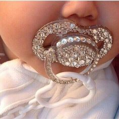 Binky with bling! Baby girl fashion with a bit of sparkle. Baby Bling, Bling Bling, Camo Baby, Baby Girl Fashion, Kids Fashion, Baby Accessoires, Everything Baby, Baby Needs, Cute Baby Clothes
