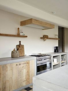 Home Decor Living Room Concrete kitchen counter.Home Decor Living Room Concrete kitchen counter Wooden Kitchen, New Kitchen, Kitchen Dining, Kitchen Walls, Rustic Kitchen, Awesome Kitchen, Earthy Kitchen, Reclaimed Wood Kitchen, Grand Kitchen