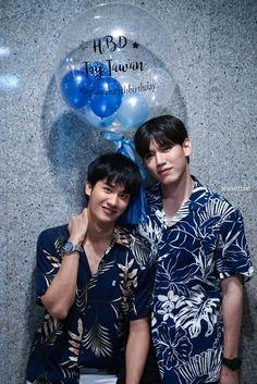 Bad Romance, Relationship Goals Pictures, Cute Gay Couples, Thai Drama, Papi, Cute Actors, Asian Actors, Best Couple, Pretty Boys