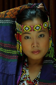Colorful Philippine Portrait - Culture - Portrait - Title She' Beautiful Children, Beautiful People, Beautiful Women, Native American Women, American Indians, Beauty And Fashion, Beauty Around The World, Cultural, World Cultures