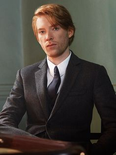 Festive campaign star Domhnall Gleeson wears Burberry tailoring, based on our Chelsea fit.