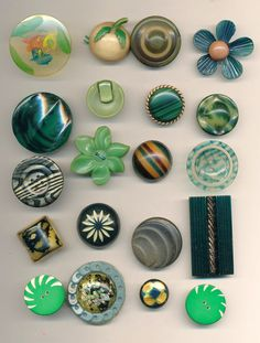 Antique Vintage Buttons -Celluloid and Plastics in Shades of Green Lot#2 ca. 1930's-1960's