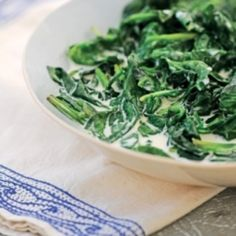 I'm playing Edamam's Holiday Contest - join me! | Creamed Spinach with Nutmeg Recipe from @thedailymeal