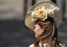 Sombreros, pamelas y tocados de la realeza - Página 25