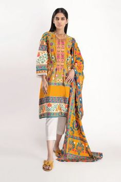 Shirt Dupatta - Khaadi PK Lawn Fabric, Printed Trousers, Cut Work, Print Chiffon, Online Shopping Stores, Brownie Cupcakes, Latest Trends, Casual Dresses, Kimono Top