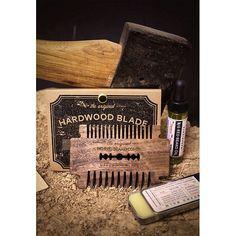 Walnut & Cherry No.16 Hardwood Blades back on the site.  This was some beautiful Walnut. Rich and dark.  Might just keep one for myself #bigredbearcombs #beard #beards #bearded #beardedmen #beardcomb #beardcombs #pocketcomb #comb #woodcomb #edc #beardoil #beardbalm #mustache #mustachewax #noshave #girlswholovebeards #gentlemen #razorblade