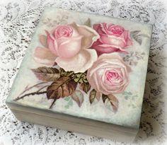 Decoupage recuerdo caja, caja de la baratija, caja de joyería, caja decoupaged, vintage rosas, rosas. caja blanca