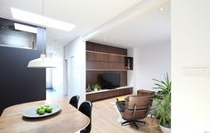 Living / Contemporary / Architecture / Design / Wood / Black / White