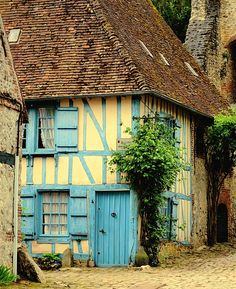rustic French country home      | ♕ |  French country maison - Village of Gerberoy  | by © S. Lo    via ysvoice : hokusummer