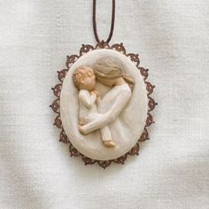 This piece is cast based on artist Susan Lordi's original carving, and then painted by hand. She tries to keep the interpretation of Willow Tree open in hopes of making it more personal, allowing each individual to decide its meaning. | eBay!