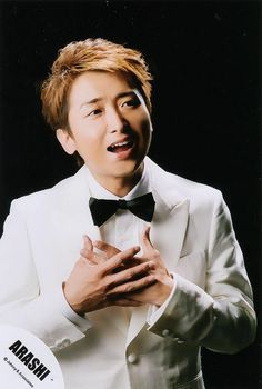 Ohno kun is so beautiful when he sings You Are My Soul, Japanese Boy, Time Photo, Future Husband, Abraham Lincoln, Boy Bands, Singing