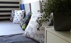 Wzorzyste poduchy - Klinika DIY Throw Pillows, Bed, Home, Toss Pillows, Cushions, Stream Bed, Ad Home, Decorative Pillows, Homes