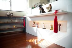Freunde von Freunden — Akiyoshi Mishima — Artist and Fashion Designer, Apartment, Shibuya, Tokyo (© Kazue Kawase für Freunde von Freunden)