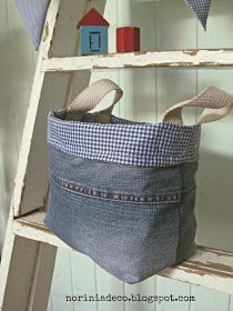 tote made from lengthwise piece of jeans leg, no instructions