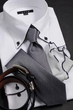 モノトーンでシックに魅せるパーティースタイル #mens #shirtstyle #mens coordinate #mens fashion #dress shirt #メンズファッション #メンズコーディネート #ワイシャツ  #Tie #necktie #ネクタイ #タイドアップ #ノータイ
