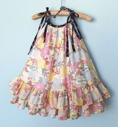 Best 12 last summer's pillowcase dress… wish it would fit this year, maybe a top – SkillOfKing. Frocks For Girls, Little Dresses, Little Girl Dresses, Dresses Dresses, Girls Summer Dresses, Baby Dresses, Dresses Online, Girls Frock Design, Baby Dress Design