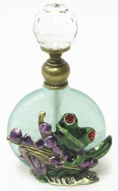 Green Perfume Bottle W/Frog Holding Leaves