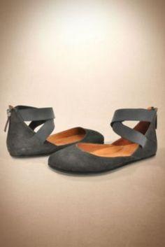 Women's Shoes | Cute Shoes, Casual Shoes, Women's Footwear - Soft Surroundings