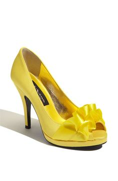 yellow shoes have these in black!