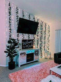 Cute Bedroom Decor, Bedroom Decor For Teen Girls, Teen Room Decor, Girl Bedroom Designs, Room Ideas Bedroom, Bedroom Inspo, Bedroom Wall, Wall Decor, Neon Bedroom