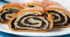 Cocoa Bread, Czech Recipes, Ethnic Recipes, A Food, Food And Drink, Yeast Rolls, Christmas Sweets, Strudel, Sweet Recipes