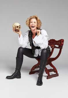 The Tony Award winner will play Sarah Bernhardt in one of the season's most anticipated shows. Janet Mcteer, Tony Award Winners, Theatre Plays, Star Fashion, Womens Fashion, Wars Of The Roses, Paolo Roversi, Twelfth Night, White Queen