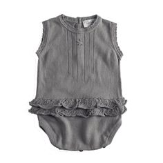 Gorgeous grey for la bebe Neutral Baby Clothes, Baby Kids Clothes, Baby Girl Fashion, Kids Fashion, My Baby Girl, Baby Wearing, Kids Wear, Just In Case, What To Wear