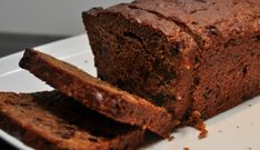 Kruidkoek Met Gember En Rozijnen recept | Smulweb.nl