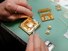 Assembly of the case in sapphire crystal of an SV edition of Horological Machine - aka at the MB&F atelier. Swiss Watch Brands, Sapphire, Industrial, Watches, Crystals, Luxury, Atelier, Wristwatches, Industrial Music