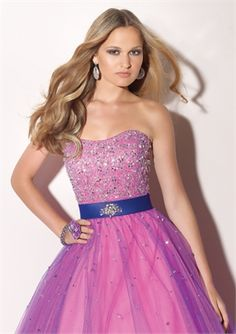 A-line Strapless Floor Length Tulle with Beadings Prom Dress  PD10091 www.dresseshouse.co.uk $126.0000