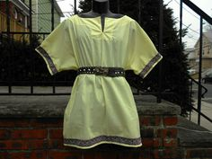 Adult Shirt Yellow w/ Trim Sm-Med Viking Medieval SCA $28