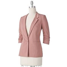Really feeling this pastel pink, nudes and neutral color palette for fall. Plus blazers are so chic!