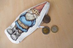 jane avion: travel gnome- print on fabric and sew David The Gnome, Scandinavian Gnomes, Watercolor Cards, Printing On Fabric, Great Gifts, Coin Purse, Printables, Crafty, Ideas