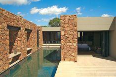 stone house, Pretoria, 2007 - slee