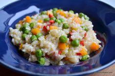 orez cu legume reteta sanatoasa si simpla Tasty Vegetarian Recipes, Healthy Recipes, Healthy Food, Cold Vegetable Salads, Pasta Salad, Food Inspiration, Food To Make, Food And Drink, Dinner Recipes