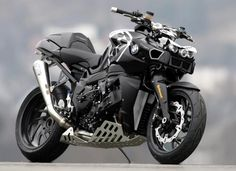 BMW streetfighter monster!