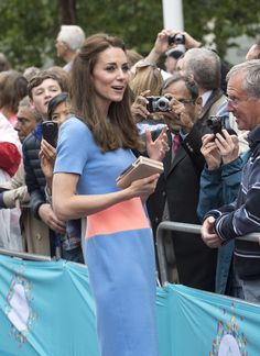 """Kate Middleton Photos - Catherine, Duchess of Cambridge greets guests attending """"The Patron's Lunch"""" celebrations for The Queen's 90th birthday on The Mall on June 12, 2016 in London, England. 10,000 guests have gathered on The Mall for a lunch to celebrate The Queen's Patronage of more than 600 charities and organisations. The lunch is part of a weekend of celebrations marking Queen Elizabeth II's 90th birthday and 63 year reign. The Duke of Edinburgh and other members of The Royal Family…"""