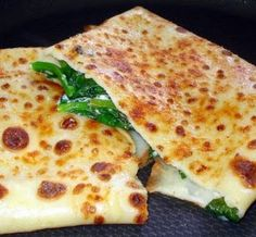 Quick recipe for Crepes filled with spinach and ricotta cheese. Feel free to add… Quick recipe for Crepes filled with spinach and ricotta cheese. Feel free to add any fillings you wish. Ingredients For the crepe: all-purpose flour 2 eggs milk pinch […] Crepes And Waffles, Savory Crepes, Pancakes, Queso Ricotta, Spinach Ricotta, Crêpe Recipe, Quick Recipes, Cooking Recipes, Best Crepe Recipe