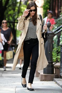 Play it classically cool like actress Liv Tyler and add a trench to pull together your casual basics.
