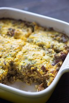 This low carb bacon cheeseburger casserole only has 2 net carbs per serving!! We love this cheesy goodness!