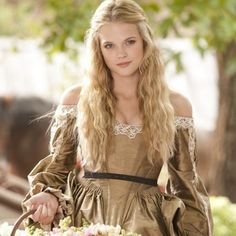 Photo of Gabriella Wilde - Constance for fans of Gabriella Wilde. Gabriella Wilde - Constance in The Three Musketeers 2011 Gabriella Wilde, Medieval Girl, Medieval Dress, Medieval Princess, Medieval Peasant, Medieval Fashion, The Three Musketeers 2011, Renaissance Hairstyles, Lady In Waiting